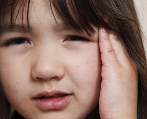 Como a cefaleia infantil se manifesta